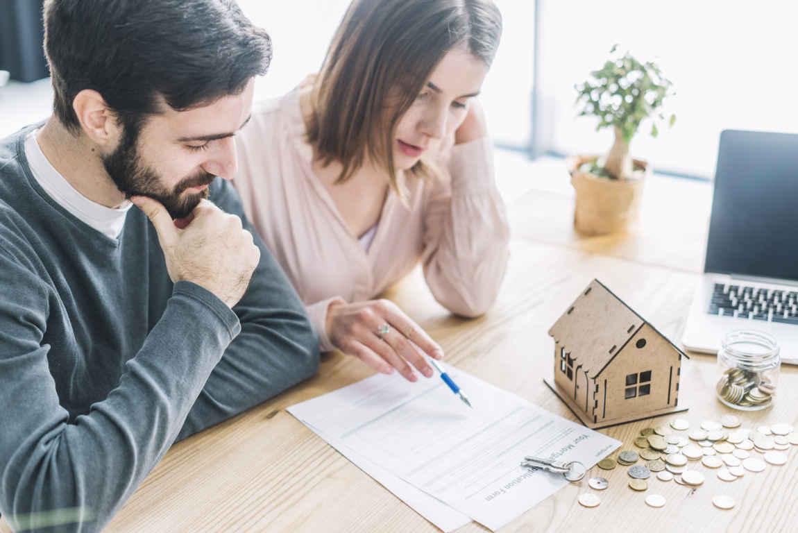 Vendere casa con agenzia o da privati: vantaggi e svantaggi
